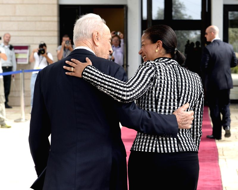 Israeli President Shimon Peres (L) welcomes U.S. National Security Adviser Susan Rice at the President's Residence in Jerusalem, on May 7, 2014. U.S. National ... - Benjamin Netanyahu