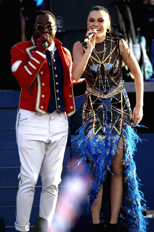 Jessie J Buckingham Palace Performance in a Falguni and Shane Peacock Outfit felicitating the Queens Diamond Jubilee.