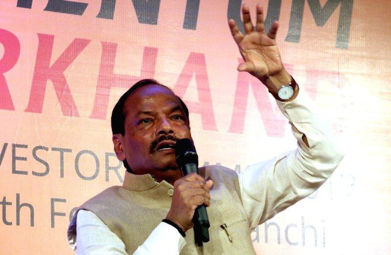 Jharkhand Chief Minister Raghubar Das addresses a press conference regarding Jharkhand Global Investor Meet 2016-2017, in New Delhi on Aug 4, 2016. - Raghubar Das