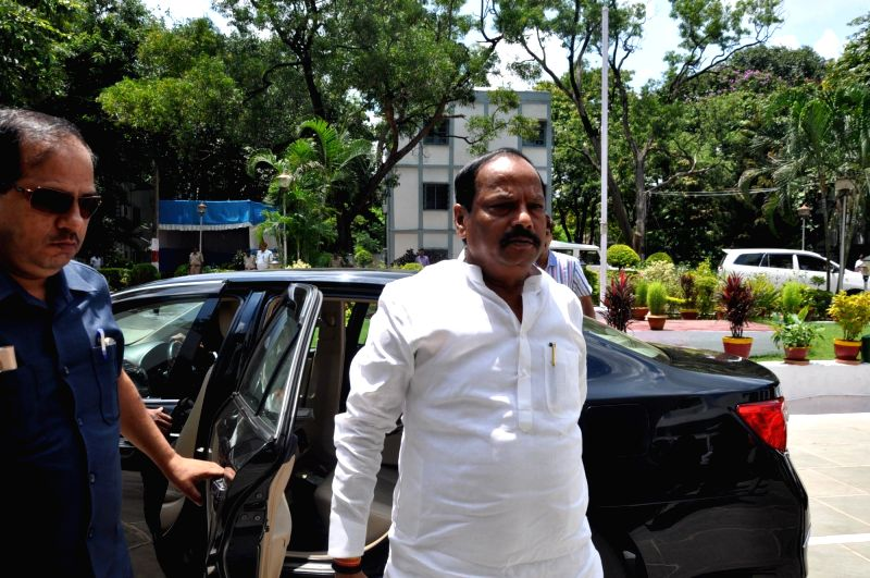 Jharkhand Chief Minister Raghubar Das arrives to attend the last day of monsoon session of the state assembly in Ranchi, on July 29, 2016. - Raghubar Das
