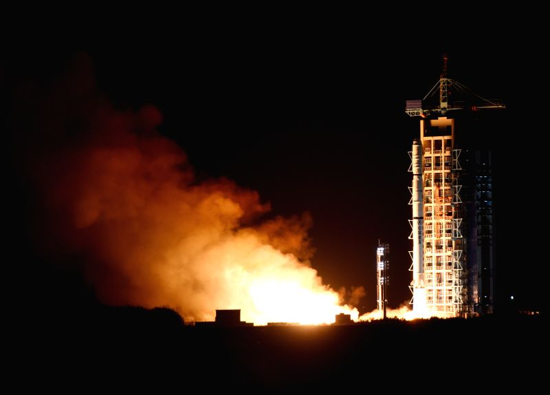 A Chinese Long March-4C rocket carrying the Yaogan-25 remote sensing satellite blasts off from the launch pad at the Jiuquan Satellite Launch Center in Jiuquan, northwest China's Gansu ...