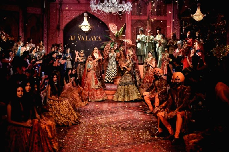 JJ Valaya Winter 2019 Couture Show