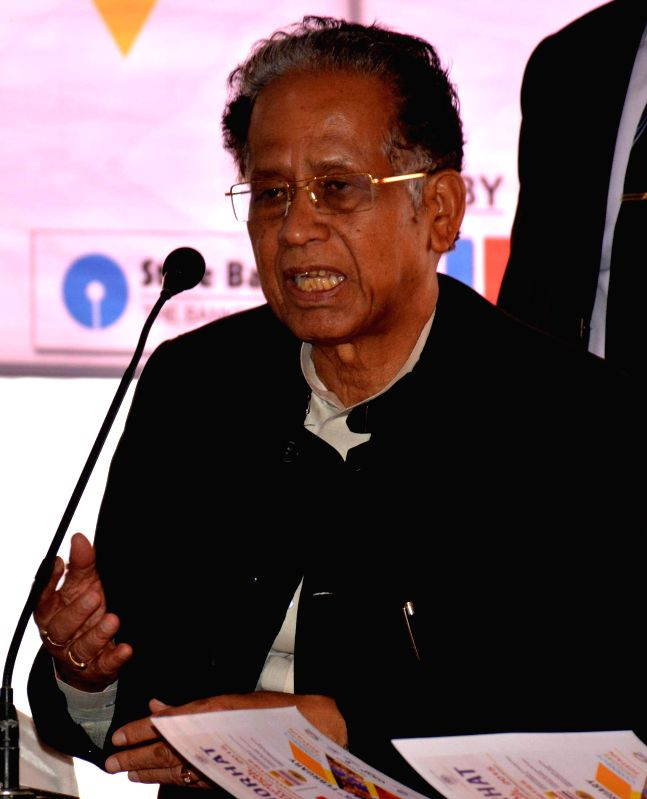 Assam Chief Minister Tarun Gogoi addresses a press conference at Jorhat in Assam on Feb 19, 2015. - Tarun Gogoi