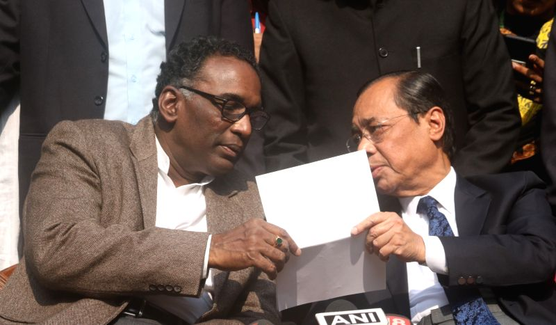 http://files.prokerala.com/news/photos/imgs/800/justice-j-chelameswar-and-justice-ranjan-gogoi-634150.jpg