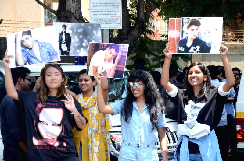 "Justin Bieber fans throng Mumbai Airport to catch a glimpse of Bieber who is expected to land in India on May 9, 2017. His ""Purpose World Tour"" is to promote his fourth album, the ..."