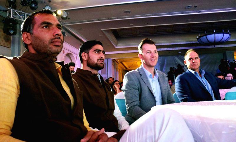 Kabaddi players Anup Kumar, Rahul Chaudhari, former Australian cricketer Brett Lee and Matthew Hayden during a press conference regarding Pro-Kabaddi and VIVO sign landmark 5 years Title ... - Anup Kumar