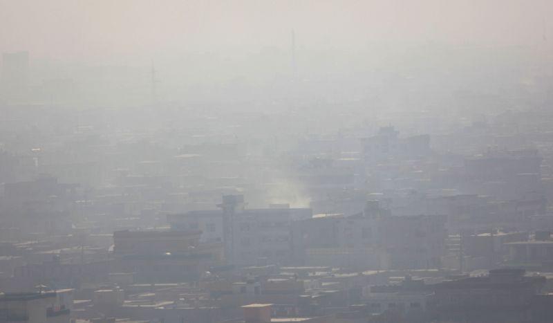 Kabul (Afghanistan): Kabul, capital of Afghanistan, is shrouded in a heavy fog on Nov. 25, 2014.