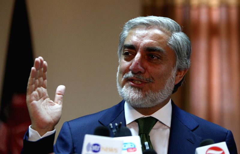 . Afghan presidential candidate Abdullah Abdullah speaks during a press conference in Kabul, Afghanistan, June 18, 2014. Afghan leading presidential candidate Abdullah