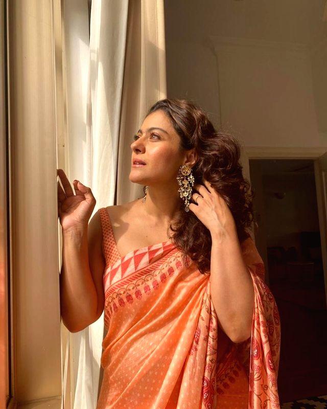 Kajol poses in 'beloved saree' ( CREDIT : KAJOL/INSTAGRAM)