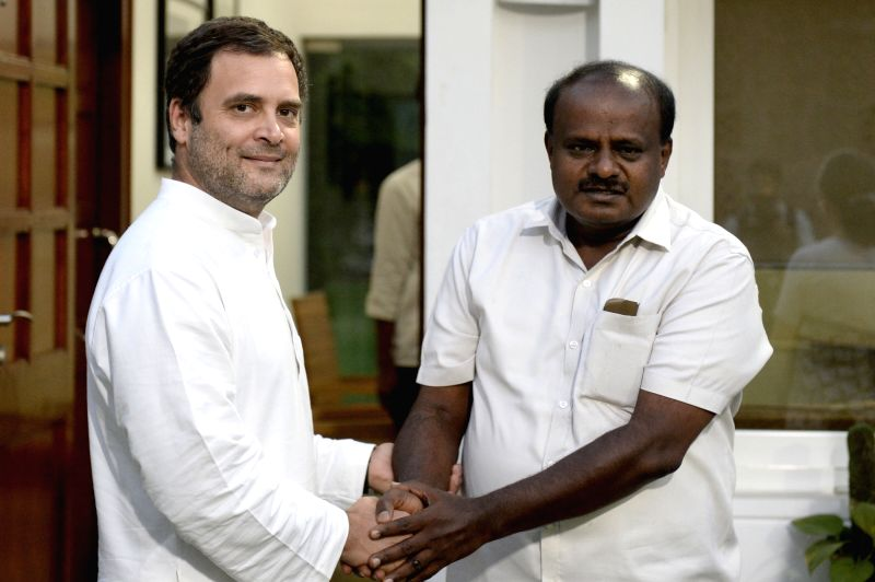 Karnataka Chief Minister designate H.D. Kumaraswamy calls on Congress President Rahul Gandhi in New Delhi, on May 21, 2018. - Rahul Gandhi