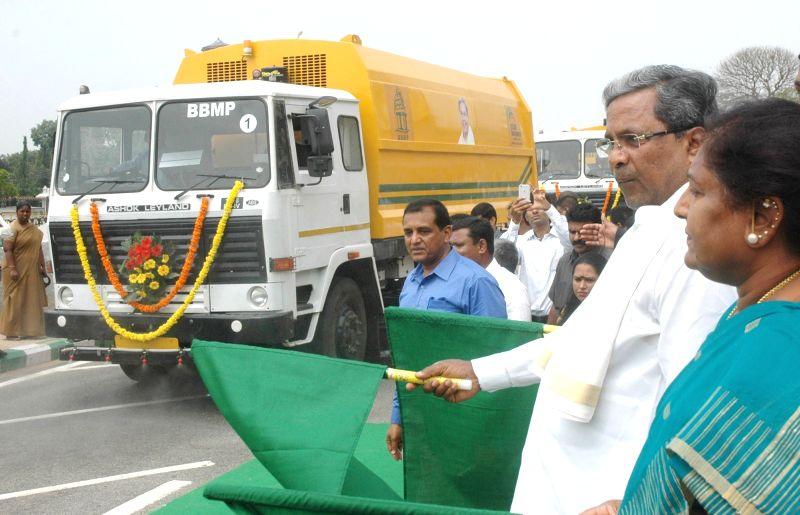 Karnataka Chief Minister Siddaramaiah flags off sweeping machines at Vidhan Soudha in Bengaluru, on May 22, 2017. - Siddaramaiah