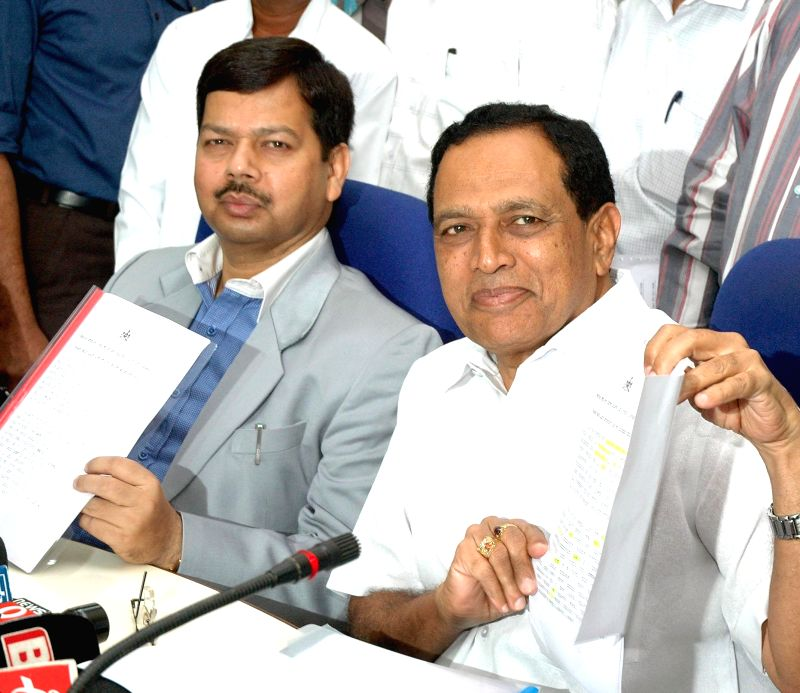 Karnataka Minister for Primary and Secondary Education, Kimmane Ratnakar during a press conference regarding the results of SSLC examinations 2014 in Bangalore on May 12, 2014.