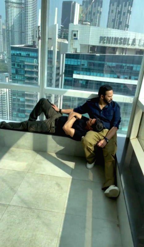Katrina Kaif's video shows 'hardworking' pair of Akshay Kumar, Rohit Shetty
