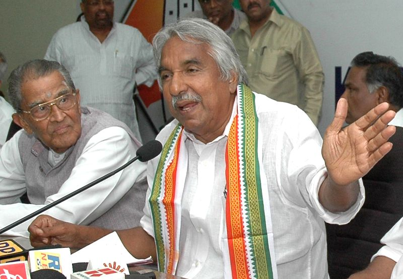 Kerala Chief Minister Oommen Chandy campaigns for Congress candidate from Bangalore Central, Rizwan Arshad in Bangalore on April 14, 2014.
