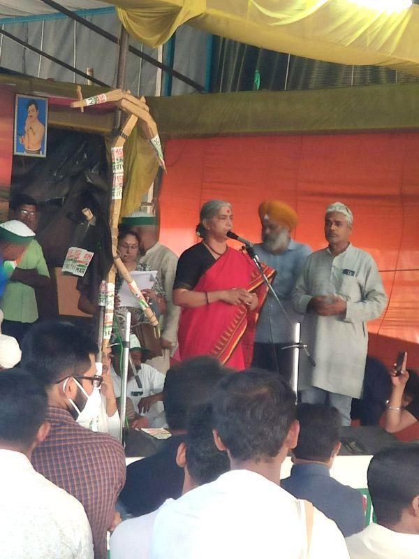 Kerala farmers' pour into protest site at Ghazipur borderi