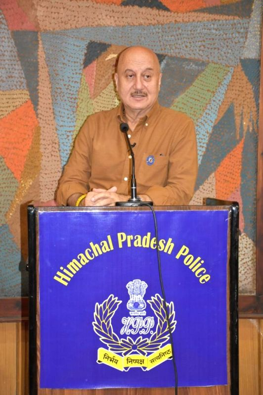 Kher shares experiences in Shimla in with police officials, staff