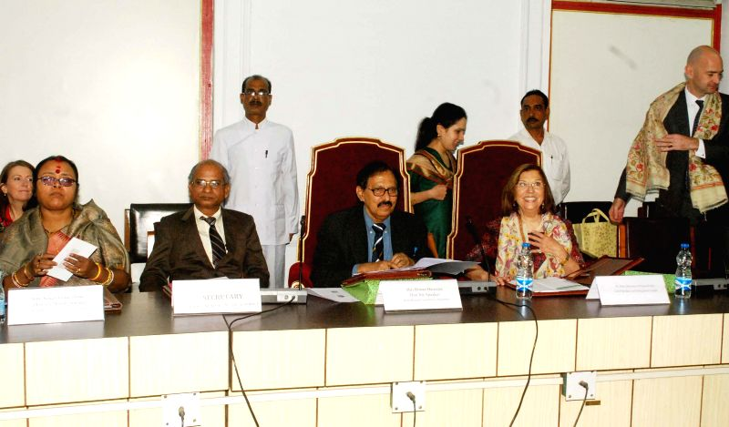 A delegation of UK Commonwealth Parliamentary Association (CPA) calls on West Bengal Assembly Speaker Biman Banerjee at West Bengal Assembly in Kolkata on Feb 17, 2015. - Biman Banerjee