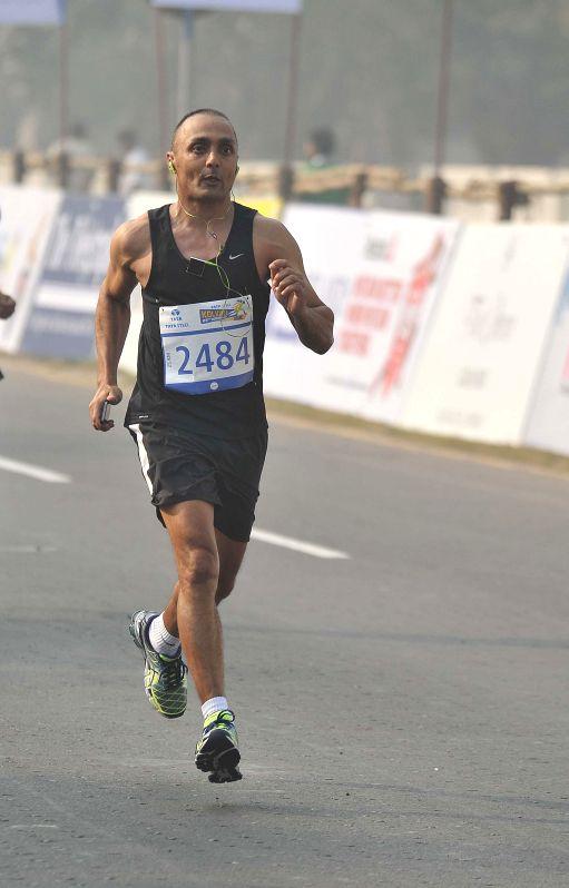 Actor Rahul Sinha participates in 25K Kolkata Marathon on Dec 28, 2014. - Rahul Sinha