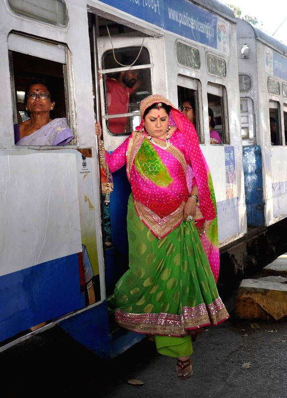 Actress Badola Kaushal during a shooting for her upcoming television soap `Swaragini` in Kolkata on Feb. 23, 2015. - Badola Kaushal