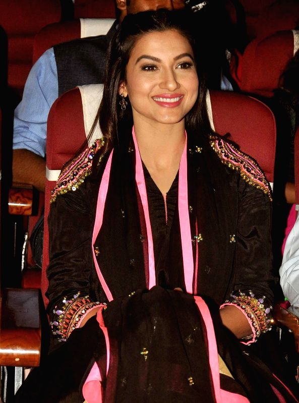 Actress Gauhar Khan during the 23rd Kalakar Awards in Kolkata on Jan 11, 2014. - Gauhar Khan