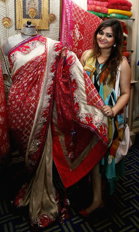 Actress Koneenica Banerjee during the ``FireFlies`` Fashion and Lifestyle Exhibition in Kolkata on 14 March 2015. - Koneenica Banerjee