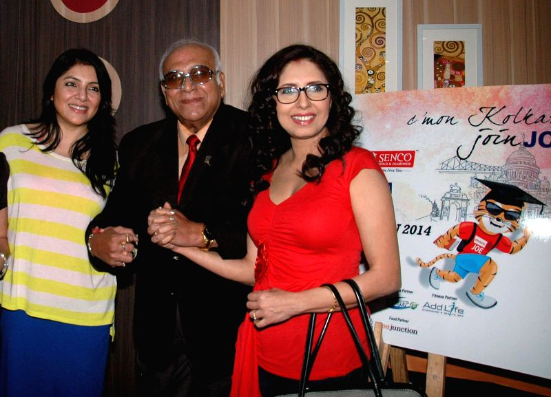 "Actresses Chaiti Ghoshal and Locket Chatterjee with former footballer P.K Banerjee during a press conference regarding ""Airtel Run for Education"" in Kolkata, on Nov 25, 2014. - K Banerjee"