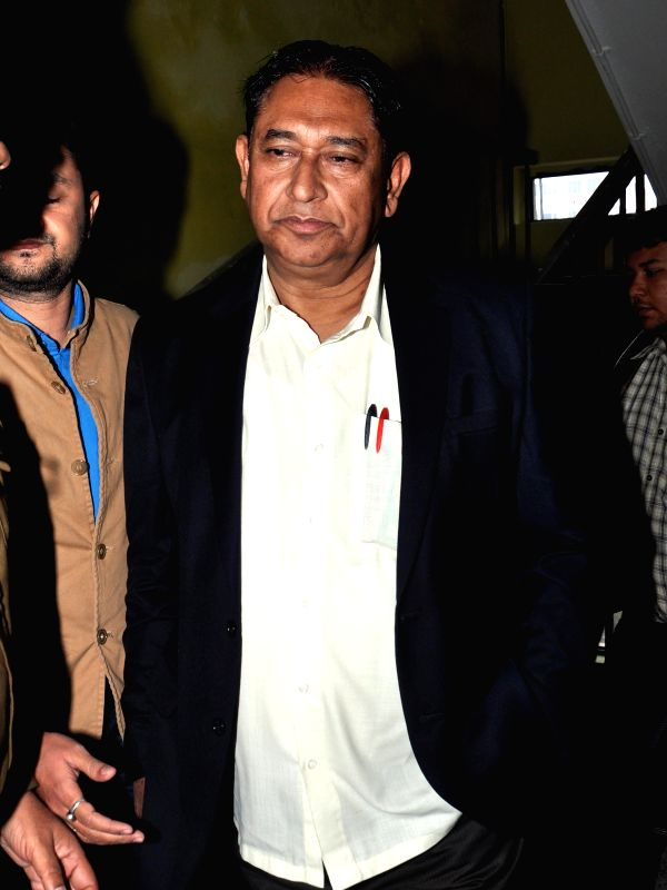 Aminuddin Siddiki, publisher of a Bengali daily arrives to appear before CBI in connection with the multi-crore-rupee Saradha scam in Kolkata on Dec 29, 2014.