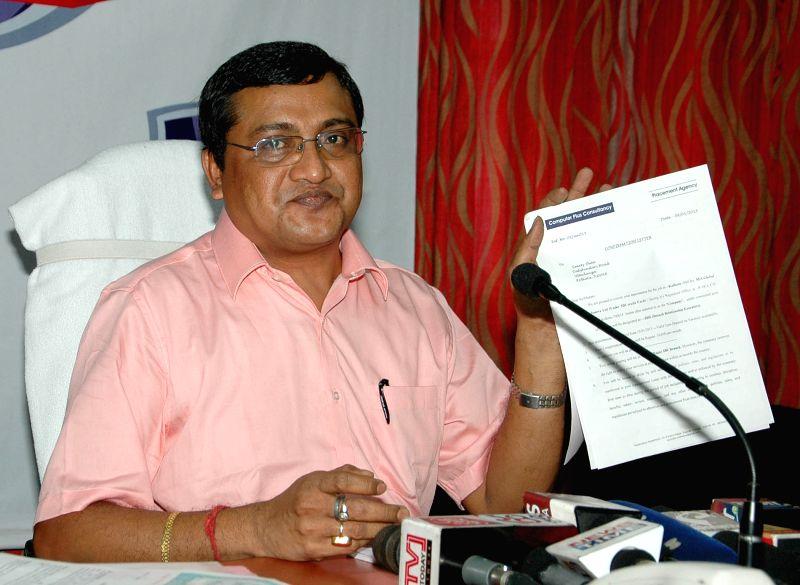 DCP Kankar Prasad Barui addresses a press conference after busting a fake job racket in Kolkata, on April 1, 2015.