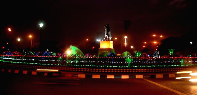 Kolkata decked up to welcome 2015 on Dec 31, 2014.