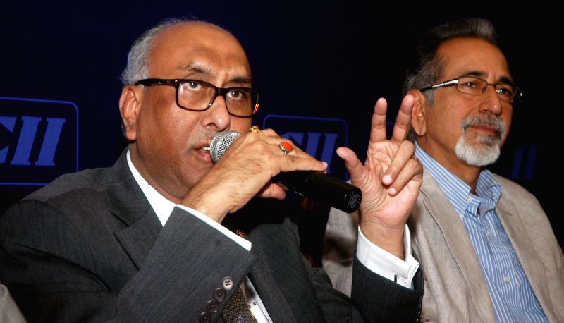 Deputy Governor of Reserve Bank of India S.S Mundra addresses during an interactive session in Kolkata on Dec 10, 2014.