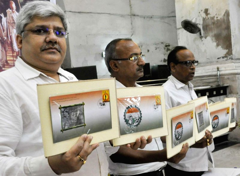 Kolkata GPO Director Surinder Kumar and Deputy Director Sahadeb Bera with philatelist Alok Kumar Goyal at the launch of special covers related to Mahatma Gandhi in Kolkata, on Aug 8, 2016. - Surinder Kumar and Alok Kumar Goyal