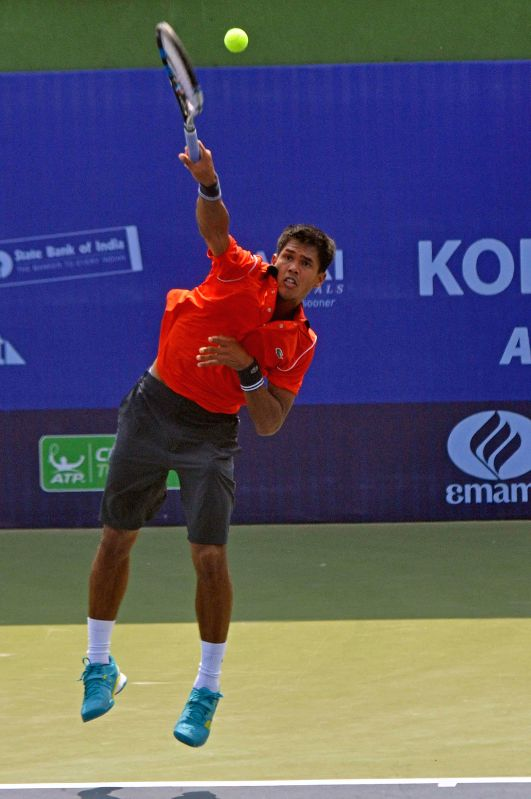 Indian tennis player Somdev Devvarman in action during an Emami Kolkata Open 2015- ATP Challenger match against compatriot Ramkumar Ramanathan on Feb 24, 2015.