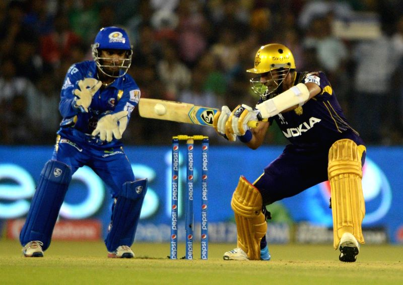 Kolkata Knight Riders batsman Robin Uthappa in action during the 40th match of IPL 2014 between Mumbai Indians and Kolkata Knight Riders at Barabati Stadium in Cuttack on May 14, 2014. - Robin Uthappa