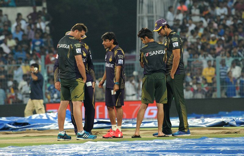 Kolkata Knight Riders (KKR) head coach Trevor Bayliss, bowling coach Wasim Akram, mentor Jacques Kallis, assistant coach Vijay Dahiya and captain Gautam Gambhir inspects the field ... - Gautam Gambhir