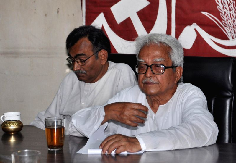 Left Front chairman Biman Bose and the leader of opposition in West Bengal Assembly and Communist Party of India-Marxist state secretary Surya Kanta Mishra during a meeting in Kolkata, on ... - Biman Bose and Kanta Mishra