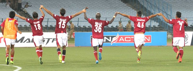 Mohun Bagan players celebrates during I-League match between Mohun Bagan and East Bengal (Red and Yellow) at Salt Lake Stadium in Kolkata on March 28, 2015. Mohun Bagan won the match 1-0.