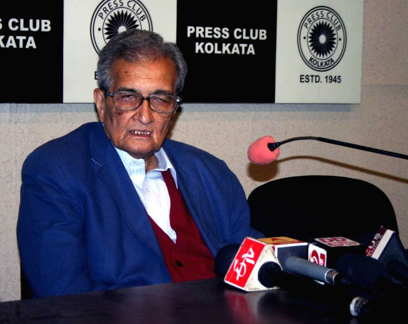 Nobel laureate Amartya Sen at the launch of `The Pratichi Child Report` at the Press Club in Kolkata, on Feb 9, 2015.
