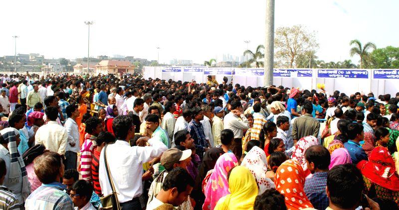 People at the inauguration of Shramik Mela 2015 in Kolkata on Feb 13, 2015.