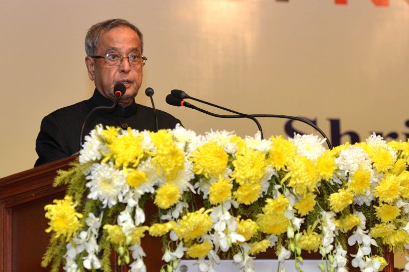 President Pranab Mukherjee at the inauguration of the Institute of Neurosciences in Kolkata on Nov 28, 2014. Also seen West Bengal Governor Keshari Nath Tripathi. - Pranab Mukherjee and Keshari Nath Tripathi