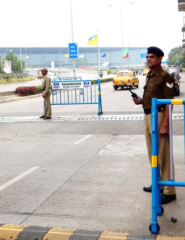 Security beefed up at Kolkata Airport in the wake of intelligence alert to Bureau of Civil aviation security (BCAS) about a possible hijack attempt, on Jan 4, 2015.