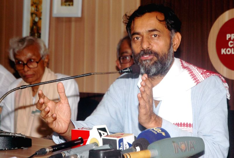 Social scientist and Swaraj Abhiyan leader Yogendra Yadav addresses a press conference in Kolkata, on May 3, 2015.