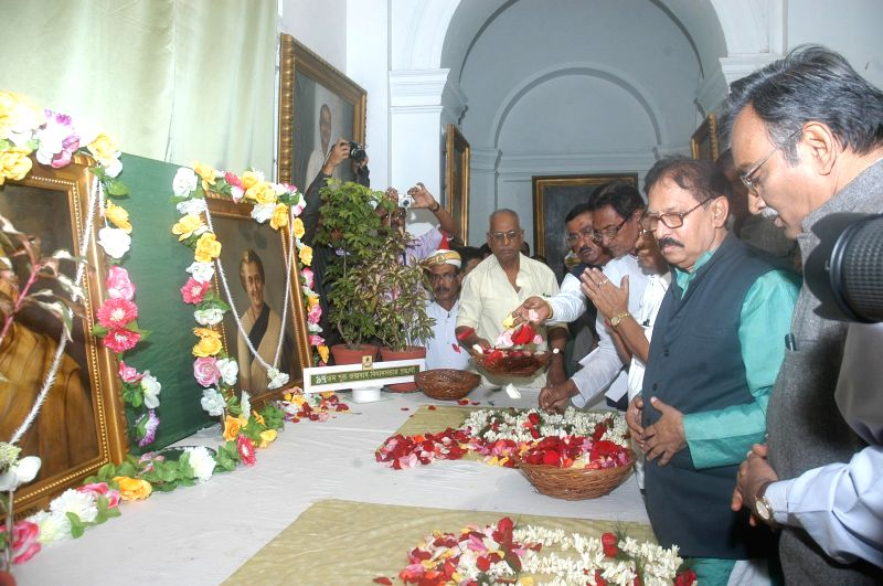 Speaker of West Bengal Legislative Assembly Biman Banerjee, Leader of Opposition in the West Bengal Assembly Surya Kanta Misra and others pay tribute to former prime minister of India Indira