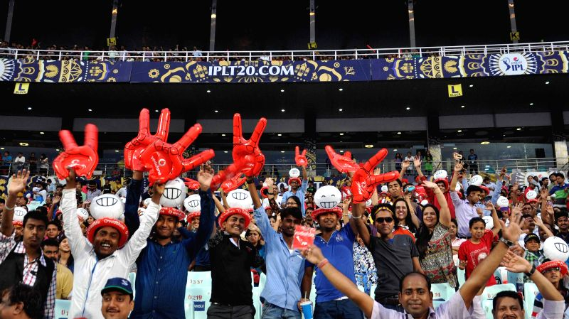 Spectators at the Eden Gardens where rains disrupted an IPL-2015 match between Kolkata Knight Riders (KKR) and Rajasthan Royals (RR) in Kolkata on April 26, 2015.