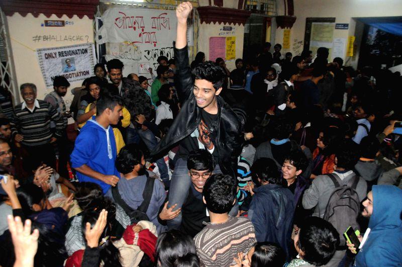 Students jubilate as West Bengal Chief Minister Mamata Banerjee announces resignation of Jadavpur University Vice Chancellor Abhijit Chakrabarti at the varsity campus in Kolkata, on Jan 12, . - Mamata Banerjee
