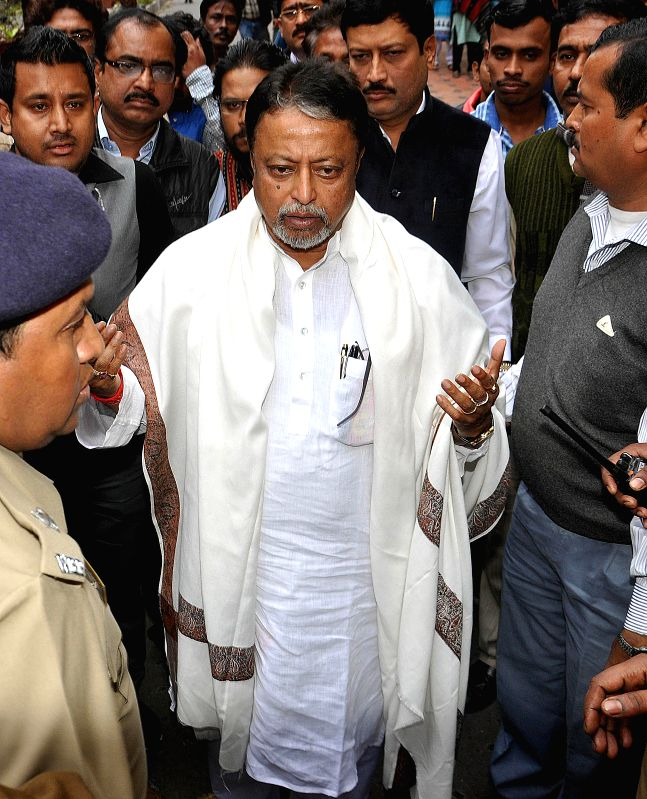 TMC MP Mukul Roy appearing before CBI in connection with the Saradha chit fund scam in Kolkata on Jan. 30, 2015.