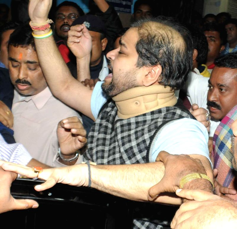 TMC MP Srinjoy Bose being released on bail in connection with the Saradha chit fund scam in Kolkata on Feb 4, 2015.