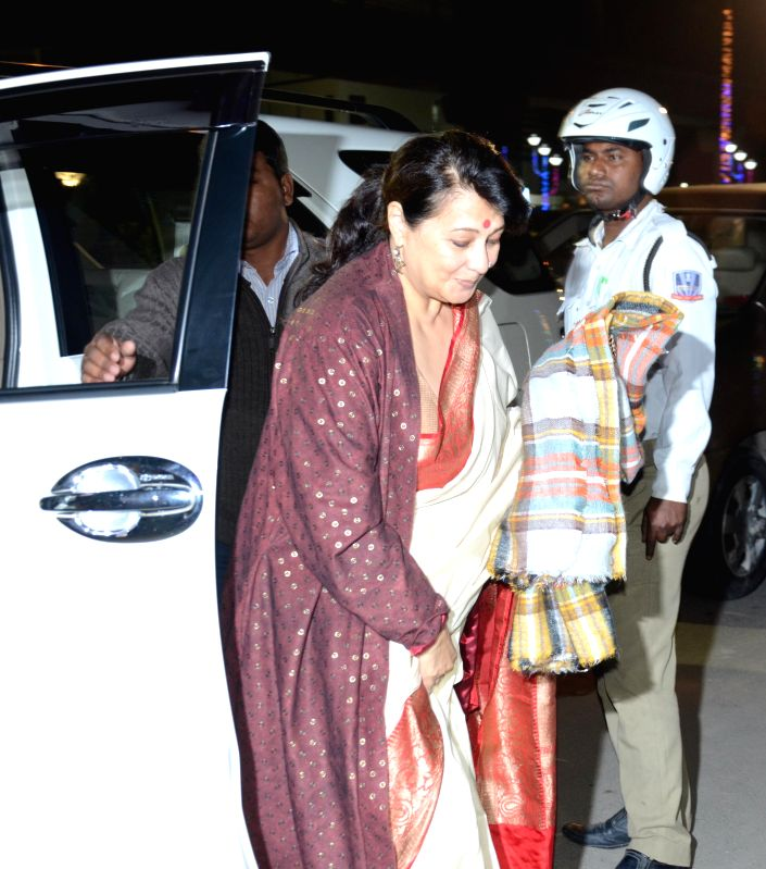 Trinamool Congress MP and actress Moonmoon Sen arrives at the inauguration of Bengal Global Business Summit 2015 in Kolkata on Jan 6, 2015. - Moonmoon Sen
