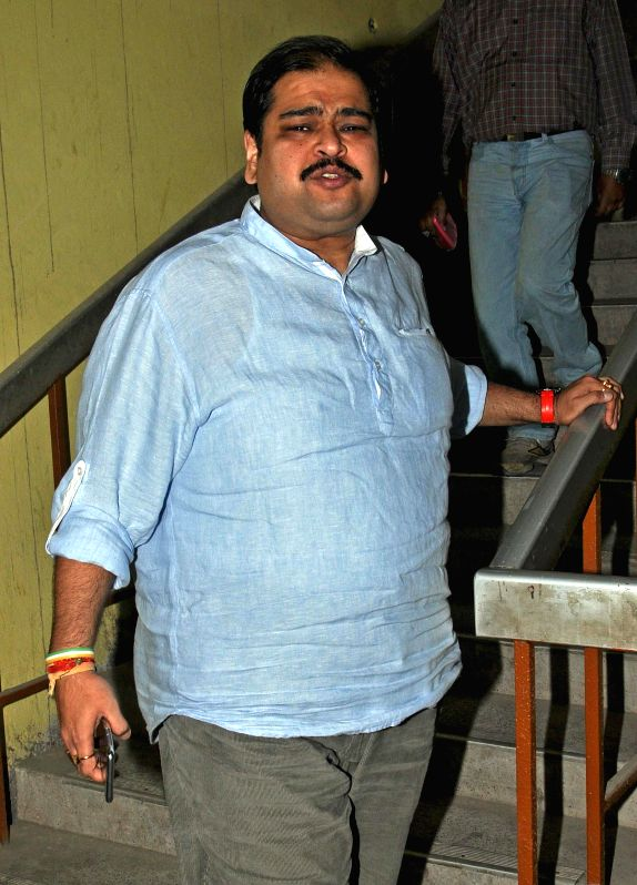Trinamool Congress MP Srinjoy Bose arrives to appear before CBI in connection with multi-crore-rupee Saradha chit fund scam in Kolkata, on Nov 21, 2014.