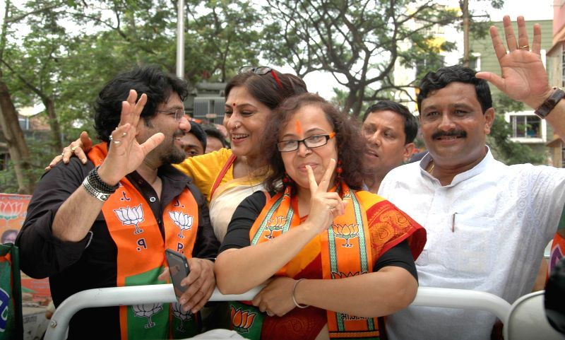 West Bengal BJP chief Rahul Sinha, actor Rupa Ganguly, BJP MP and singer Babul Supriyo campaign for BJP ahead of KMC polls in Kolkata, on April 15, 2015. - Rahul Sinha