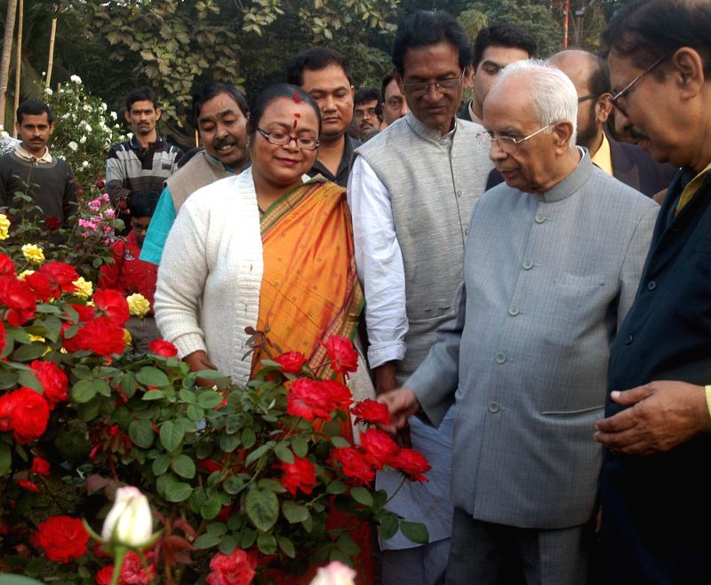 West Bengal Governor Keshari Nath Tripathi during a flower Show at West Bengal Assembly in Kolkata on Dec 23, 2014. - Keshari Nath Tripathi
